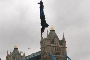 Британец установил новый рекорд Гиннеса по банджи-джампингу