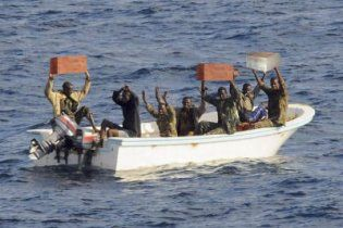 Украинские моряки хитростью вырвались из пиратского плена