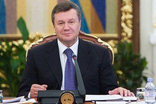 Янукович списал предприятиям ТЭК 24 миллиарда долга