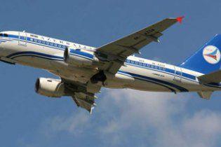 У літаку Київ-Баку знайдено труп українця