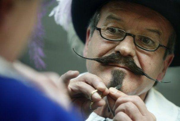 В Австрії чоловіки хизувалися своїми вусами