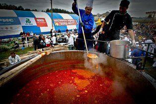 Украинцам в день можно съедать не больше тарелки борща