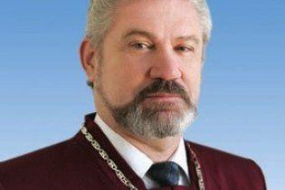 Один із суддів КС зізнався, що голосував проти скасування політреформи