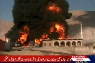 Таліби знову знищили бензовози із паливом для контингенту НАТО
