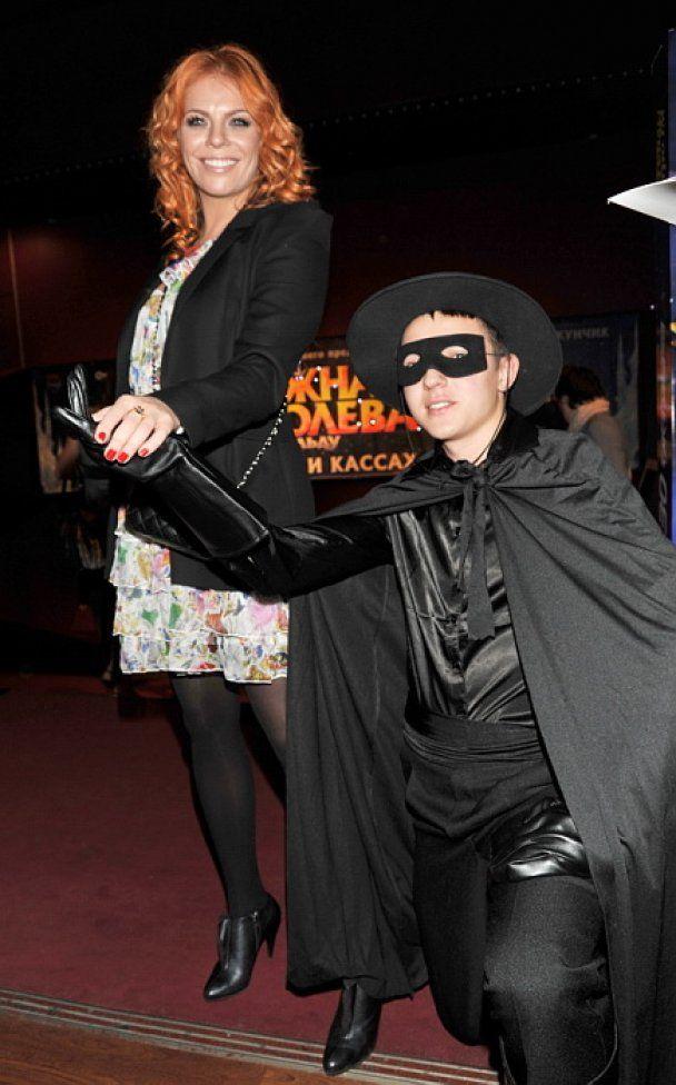 """Звезды пришли на премьеру мюзикла """"Zorro"""""""