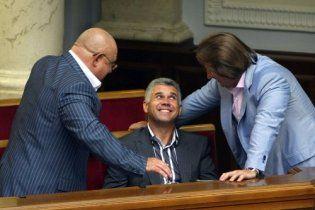Депутат Бут отказался от иска к журналистке