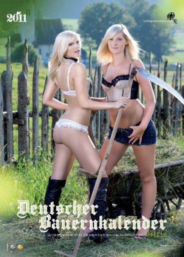 Немцы издали эротический календарь с крестьянками