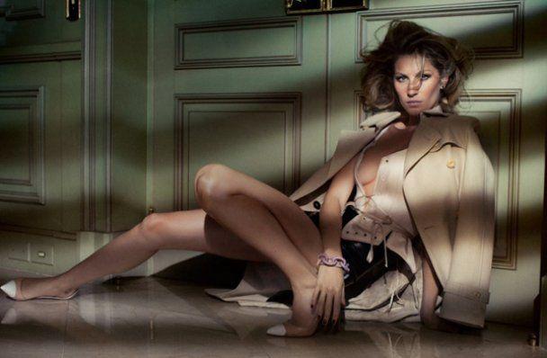 Сексуальная Жизель Бюндхен для бразильского Vogue