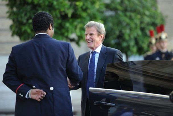 Саркози устроил обед в честь Януковича