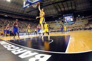 Победитель Евролиги одолел чемпиона НБА (видео)