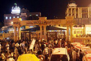 У Пакистані підірвали машину консульства США