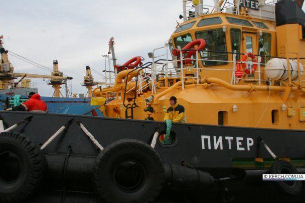 """Доля трьох моряків з судна """"Василій"""" залишається невідомою"""