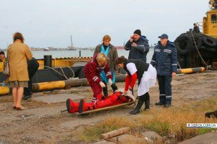 """Поблизу Ялти знайдено тіло моряка затонулого суховантажу """"Василій"""""""