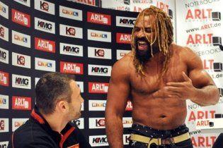 Бріггс збирається  відібрати чемпіонський  пояс у Віталія Кличка