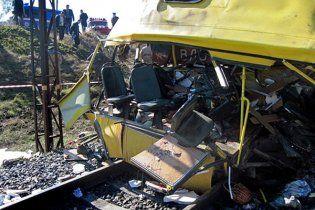 Владелец автобуса, разбившегося в Марганце, бежал в Россию