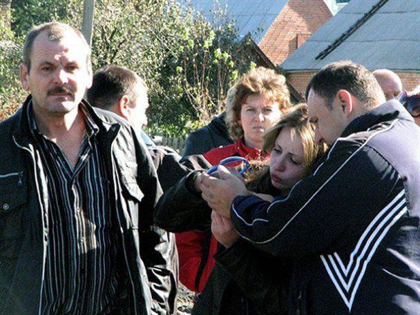 Янукович побував на місці катастрофи в Марганці