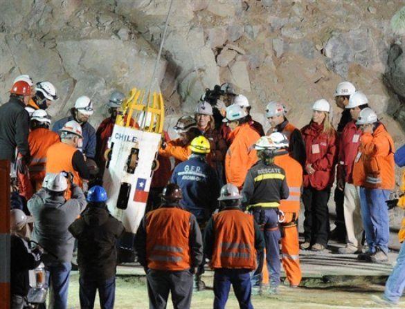 Порятунок шахтарів, Чилі_1