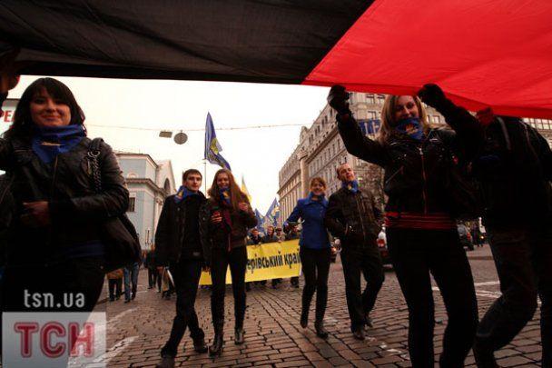 Тягнибок пообещал проводить акции, пока воинов УПА не признают героями