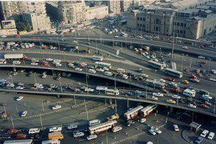 В Египте автомобиль врезался в толпу людей - 11 жертв