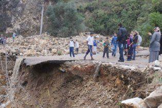 Туреччина потерпає від повені: населені пункти опинилися під водою