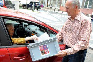 У Чехії відбуваються вибори до Сенату та місцевих органів влади