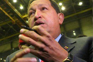 """Уго Чавес испугался, что станет """"следующим после Каддафи"""""""