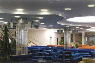 Семьи депутатов получили льготы на VIP-обслуживание в аэропортах