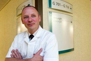 В Швейцарии живет врач, переплюнувший доктора Хауса своими проделками
