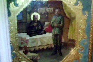 У московському храмі моляться на ікону зі Сталіним