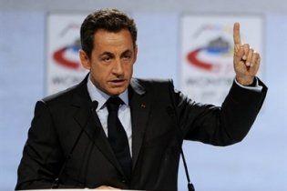 Саркозі перший серед лідерів країн відвідає Японію