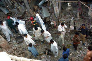 Крупний теракт у Пакистані забрав життя 41 людини
