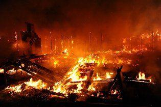 У Києві горів ринок: вогнем знищено тисячу квадратних метрів