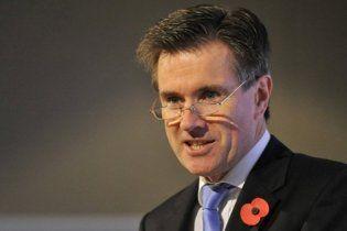Шеф британской разведки впервые в истории выступил перед телекамерами