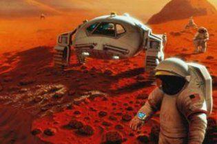 Космонавтам, які полетять на Марс, видалять деякі внутрішні органи