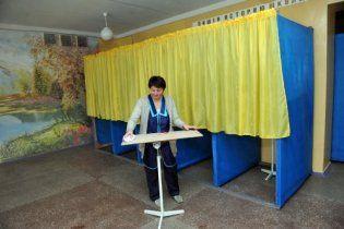 В Україні - перші місцеві вибори за нової влади