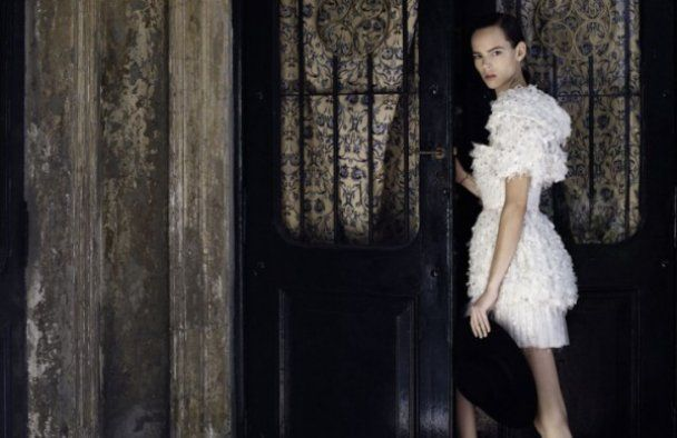 Клаудія Шиффер рекламує Chanel
