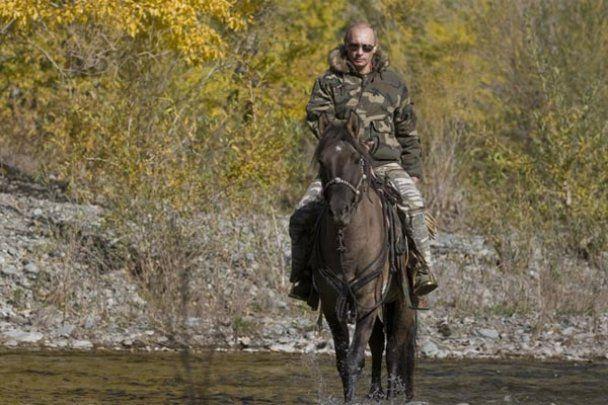 Путин удивил мир, обнародовав свои личные фото