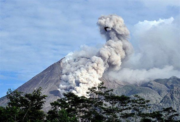 Вулкан Мерапі на Яві починає заспокоюватися