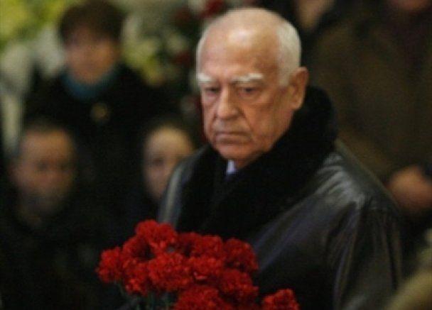 Сьогодні Росія прощається з Черномирдіним