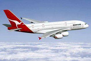 Австралійська авіакомпанія призупинила польоти всіх А380