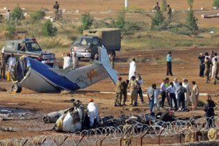У Пакистані розбився літак: 22 людини загинули