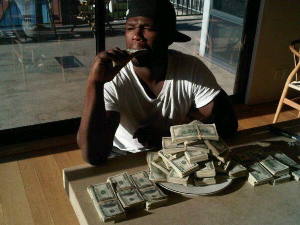 Рэпперу 50 Cent некуда девать деньги