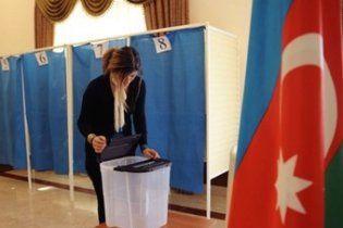 На выборах в Азербайджане побеждает правящая партия