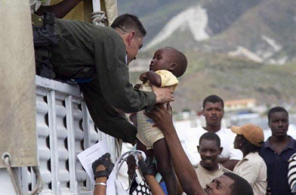 """Жертвами урагану """"Томас"""" на Гаїті стали 20 людей, 6 тисяч постраждали"""