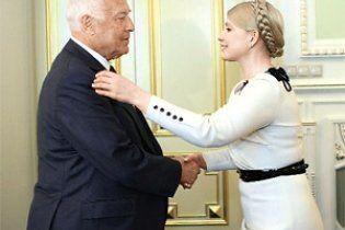 """У Росії пригадали, як в 90-ті Тимошенко бігала по """"Газпрому"""" перед Черномирдіним"""