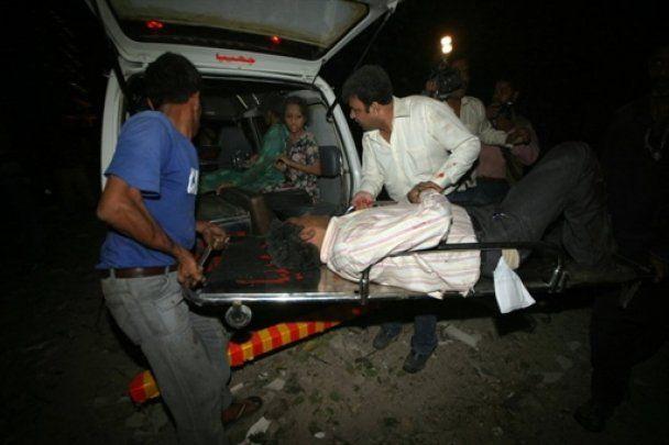 Гігантський вибух в Пакистані: десятки загиблих і поранених