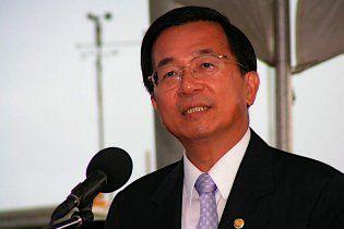 Екс-президенту Тайваню та його дружині дали ще 19 років в'язниці