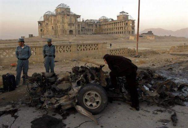В Кабуле террорист-смертник взорвал конвой НАТО