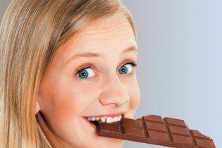 Учені довели, що чорний шоколад корисний для роботи серця