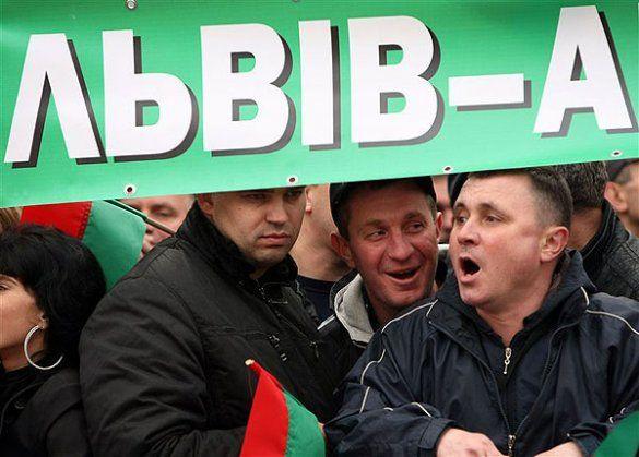 Протести проти ухвалення Податкового кодексу біля ВР_10